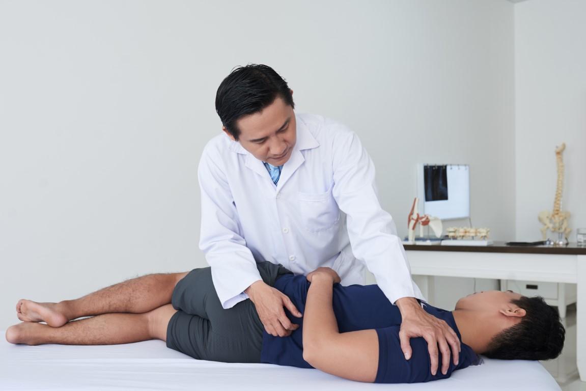 Quels sont les thérapeutes à consulter en cas de douleurs de dos ?