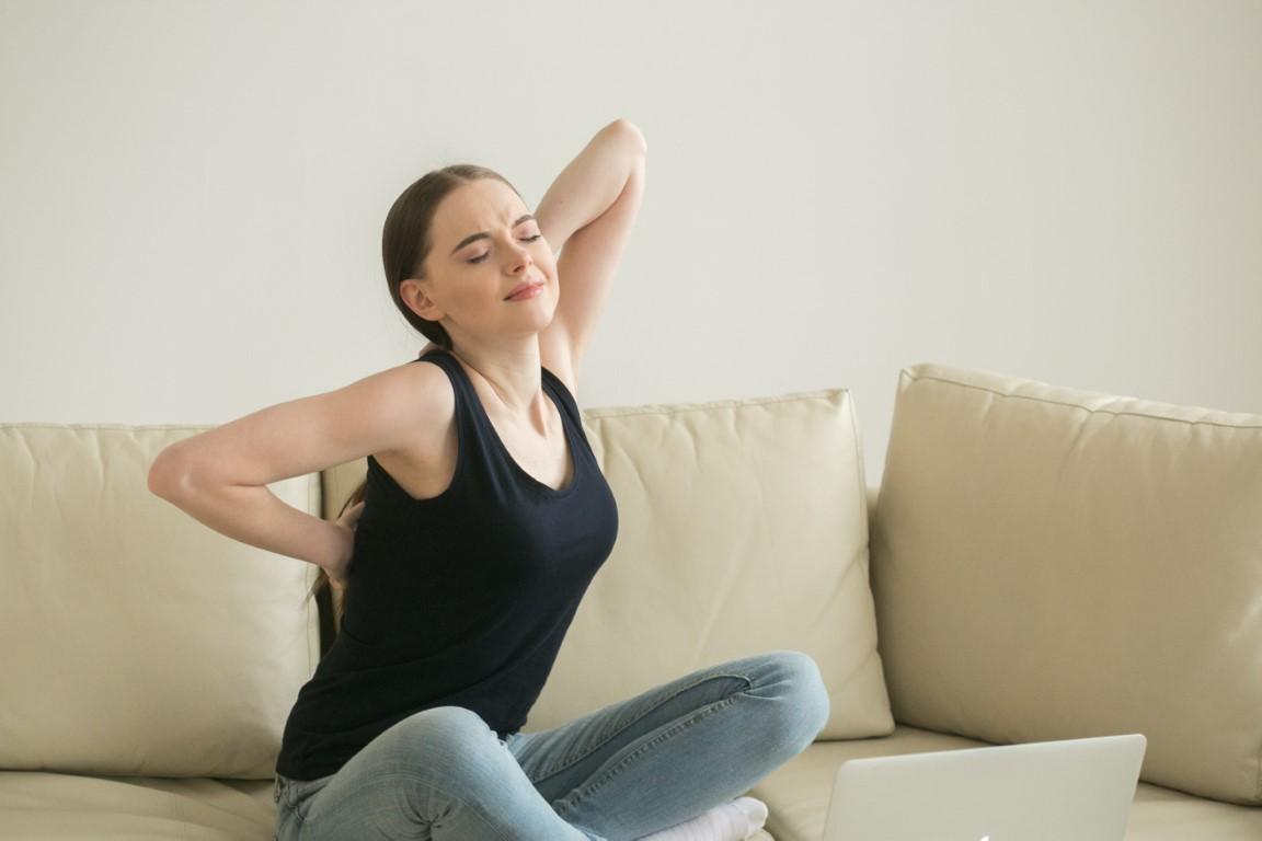 Voici quelques exercices pour étirer et renforcer les lombaires